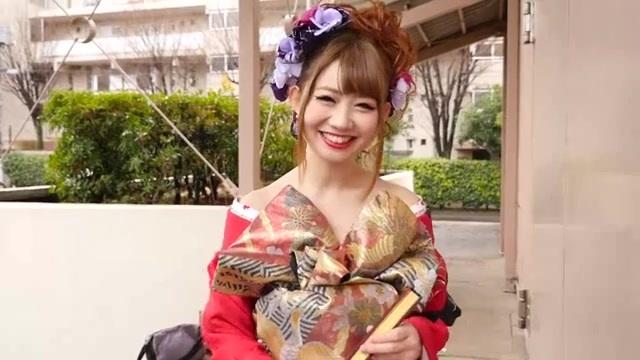 瀬戸あゆみ 成人式でド派手な花魁コーデをしていたギャルをナンパ