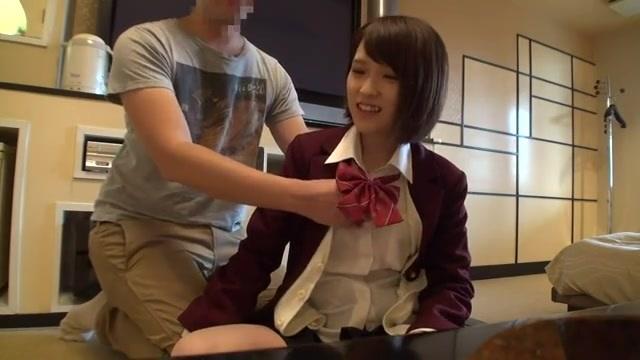 椎名そら 女子校生とラブホテルでハメ撮りエッチ