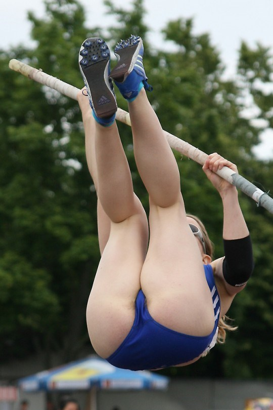 おもわずシコりたくなる女子アスリートのハプニングエロの瞬間画像www0006shikogin