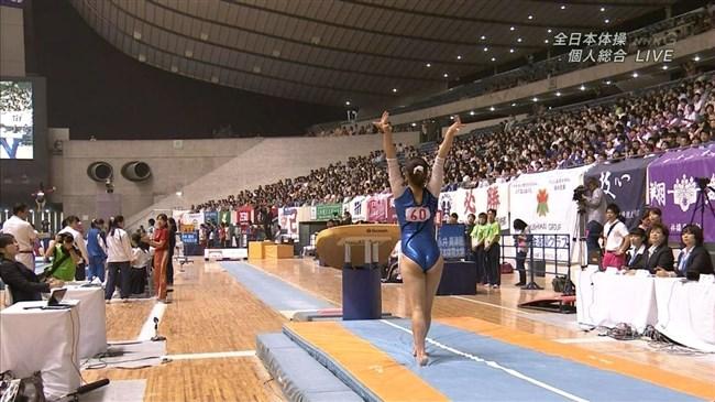 女性体操選手の目のやり場に困る下半身画像に注目wwwww0015shikogin