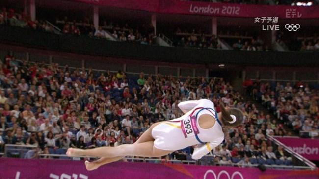 女性体操選手の目のやり場に困る下半身画像に注目wwwww0016shikogin