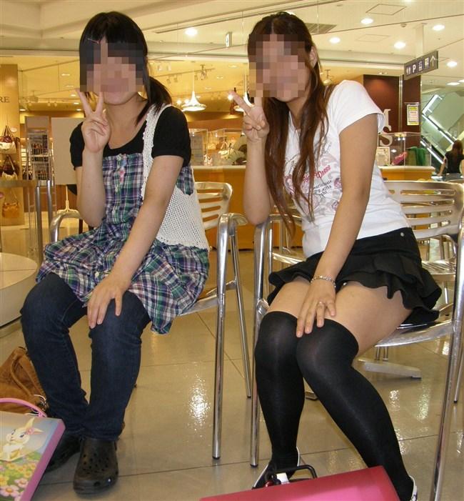 カメラを意識し過ぎてお股からパンチラしてる女の子、可愛すぎwww0002shikogin