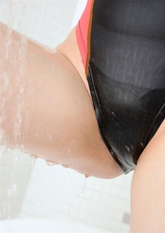 カラダのラインが浮き出る競泳水着のエロさが超過激wwwww0032shikogin