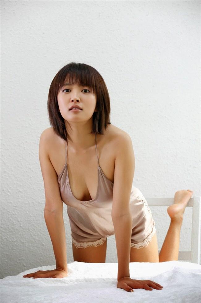 夏菜~ノースリーブニット服での巨乳が凄過ぎる!もう胸元にしか目が行かない!0003shikogin