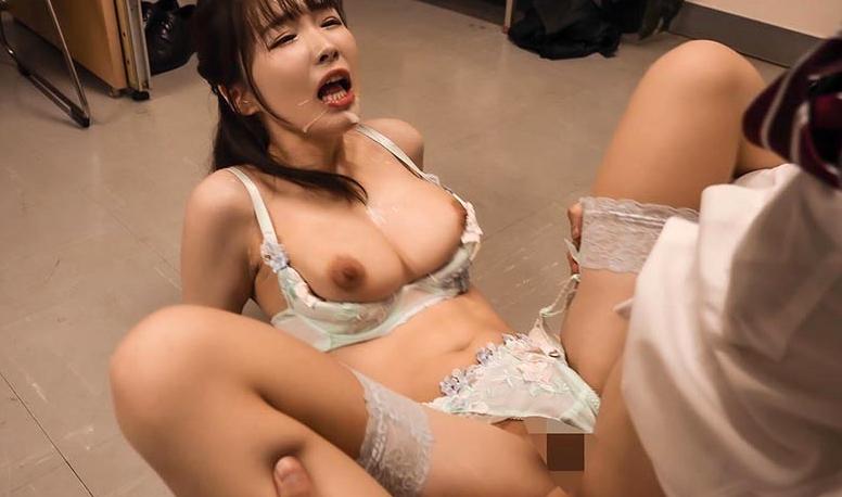イイ女の高級ランジェリーに誘惑されて… 水沢美心の脚フェチDVD画像6