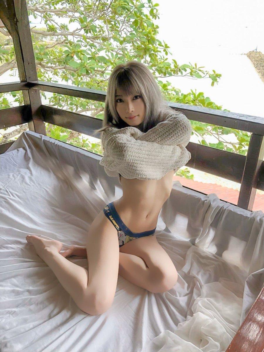 女の腰回り 12