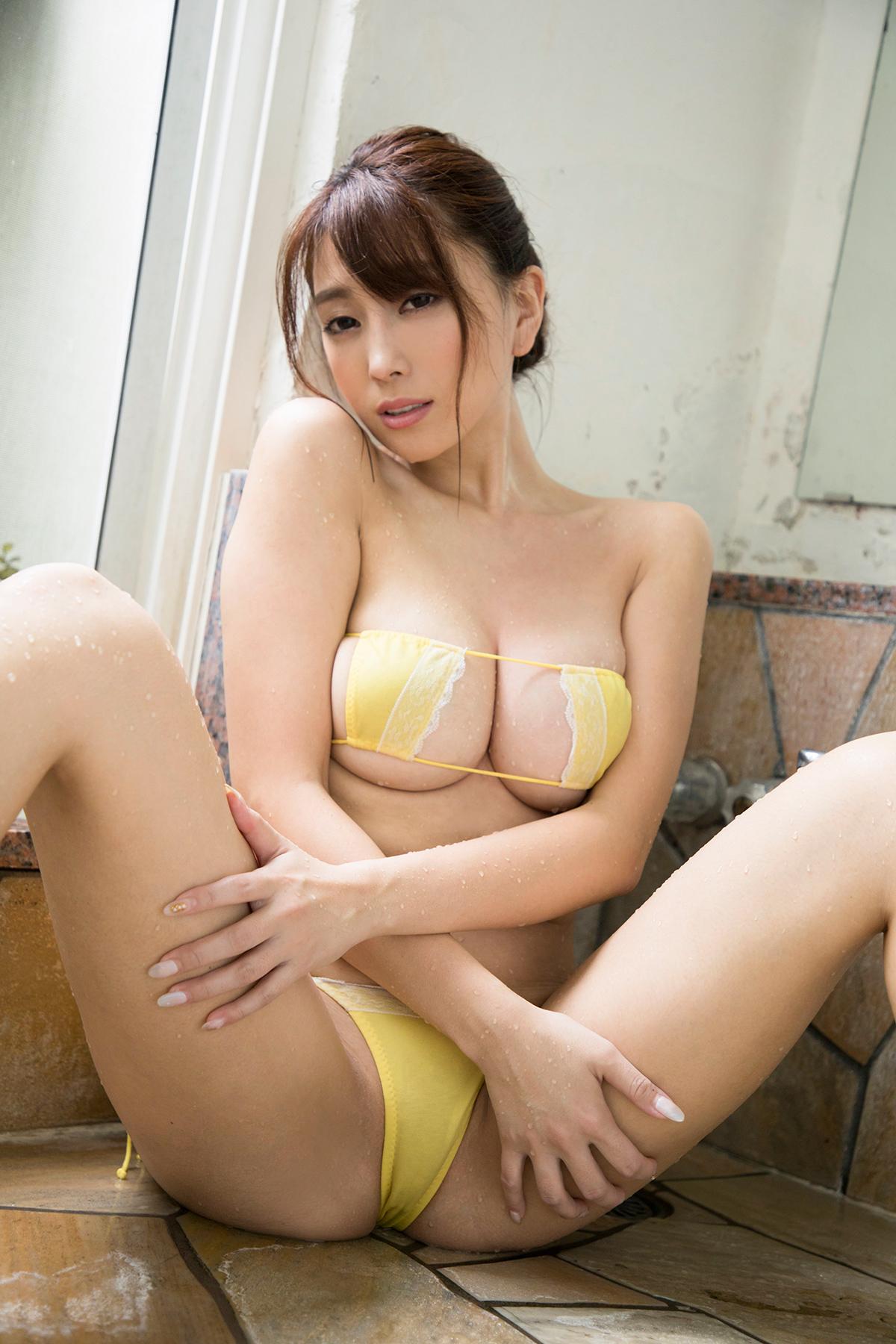 M字開脚 34