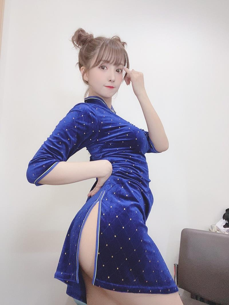 三上悠亜 15