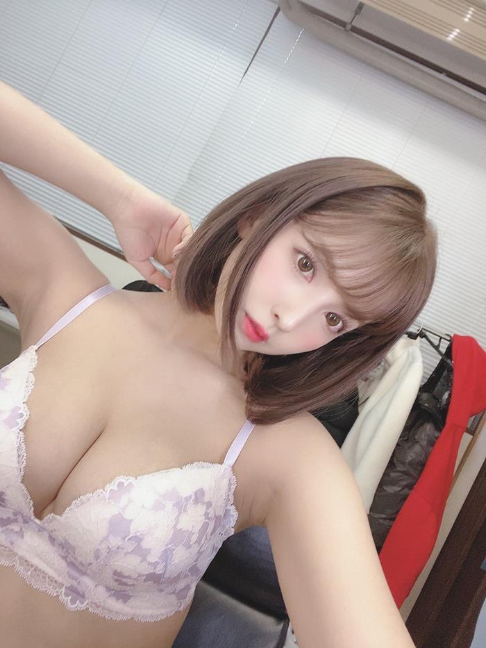 三上悠亜 5