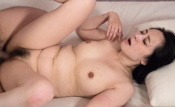 30代綺麗めな熟女達の恥ずかしい姿 画像100枚の090枚目
