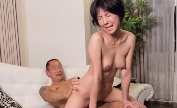 人妻セックス画像 30代美人妻のオーガズム80枚の04枚目