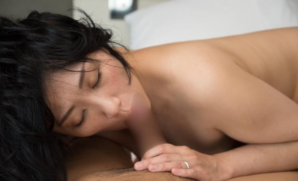 40代熟女のフェラチオ画像 スケベな奥さんの卑猥な舌使い50枚の07枚目