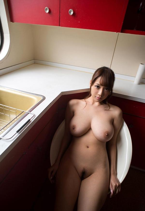 安齋らら(RION)迫力のJcup 神乳美女エロ画像34枚のa17枚目