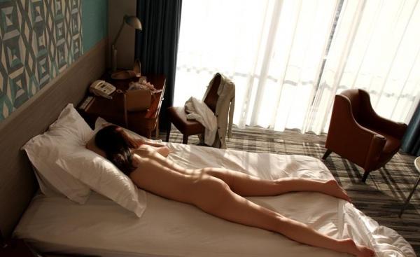 有末香織 三十路スリム美巨乳美女の官能セックス画像80枚の80枚目