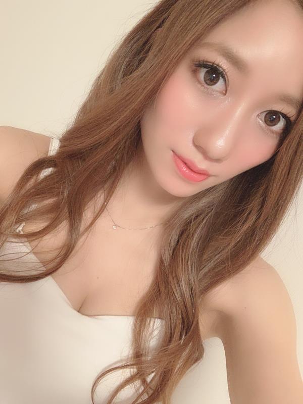 東凛(あずまりん)艶肌のスレンダー美熟女エロ画像38枚のa01枚目