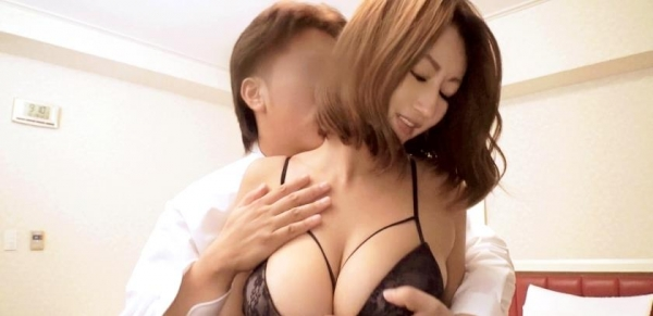 玲奈(吹石れな)フェロモンムンムン豊満ボディ熟女【画像42枚】のa06枚目