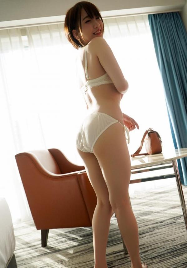 下着姿の画像 服を脱いでる綺麗なお姉さんの艶姿100枚の071枚目