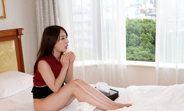 橋本れいか 色白美乳美女の着衣セックス画像90枚のa80枚目