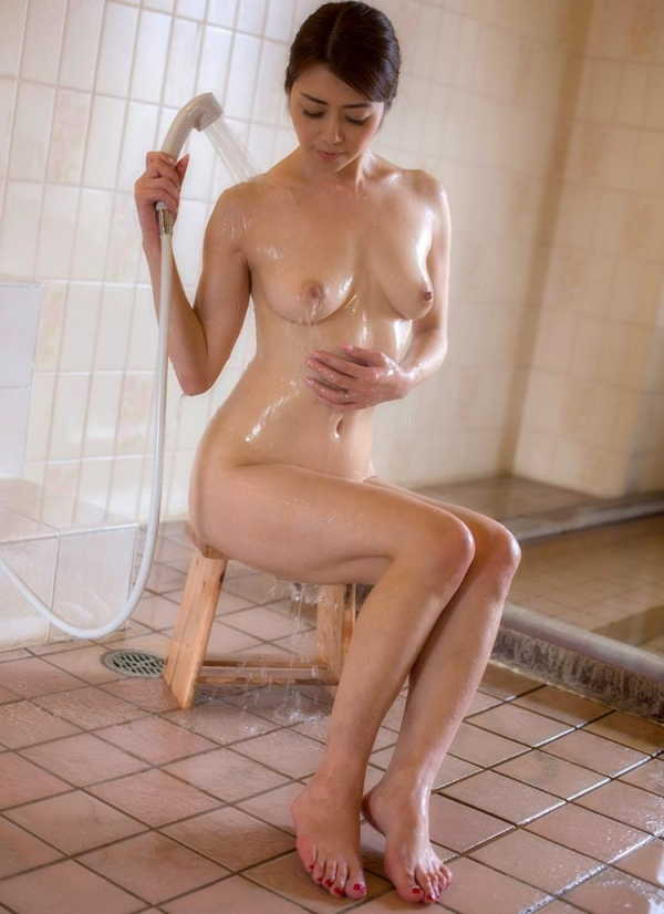 北条麻妃さん 43歳、輪姦され大量に中に出されてしまう。画像66枚の2