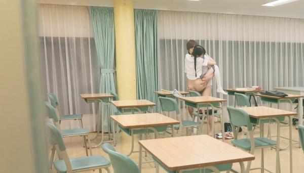 女子校生が制服姿でエッチな事してるエロ画像110枚の008枚目