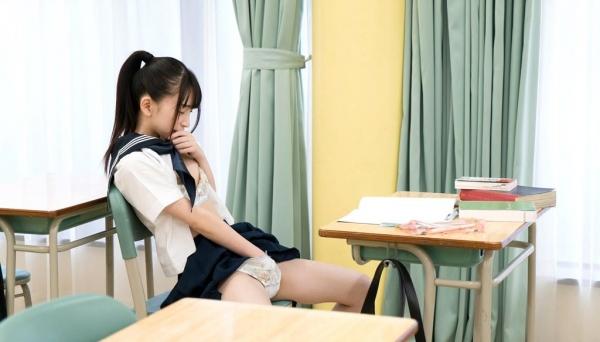 女子校生が制服姿でエッチな事してるエロ画像110枚の068枚目