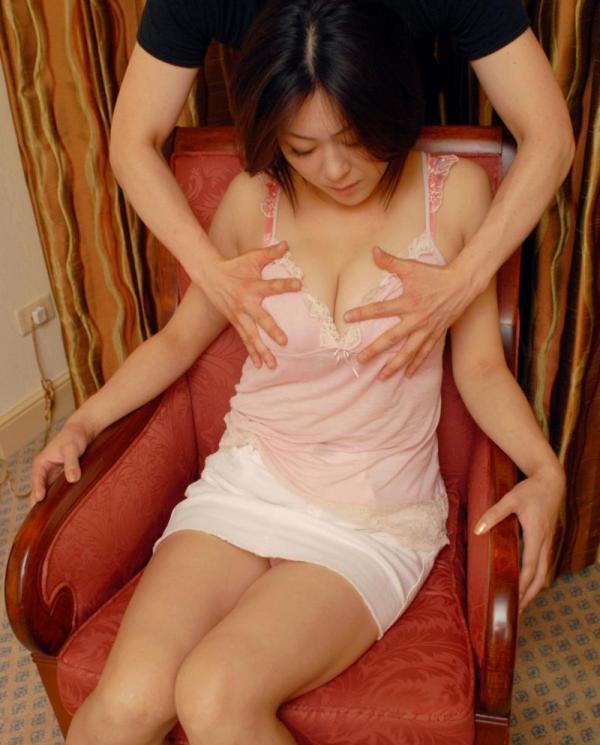 熟女のセックス画像 綺麗な奥様達の淫らな姿100枚の082枚目