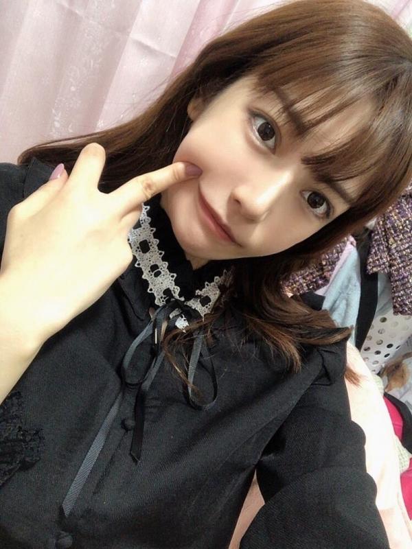 楓カレン おじさん大好き痴女美少女エロ画像53枚のa05枚目