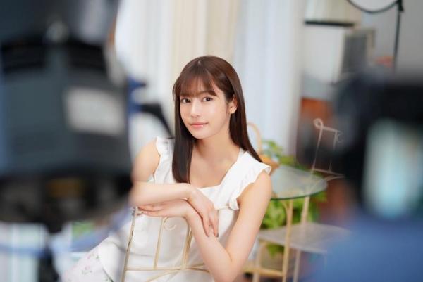 楓カレン おじさん大好き痴女美少女エロ画像53枚のa18枚目