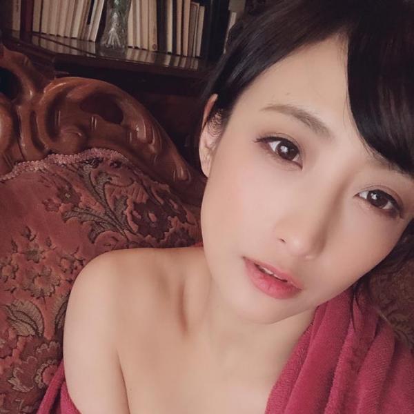 神納花(かのはな)三十路スレンダー美女SEX画像65枚のa01枚目