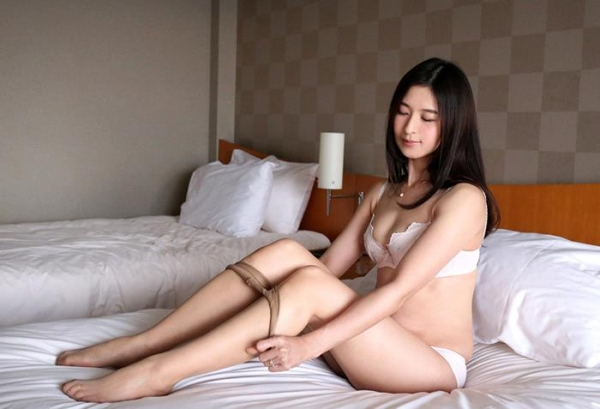 北川礼子(持田礼子)人妻の花びらめくりエロ画像53枚のb06枚目