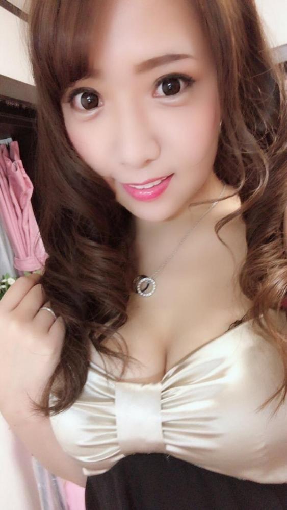 香坂紗梨 天然Hカップでデカ尻の美少女エロ画像47枚のa11枚目