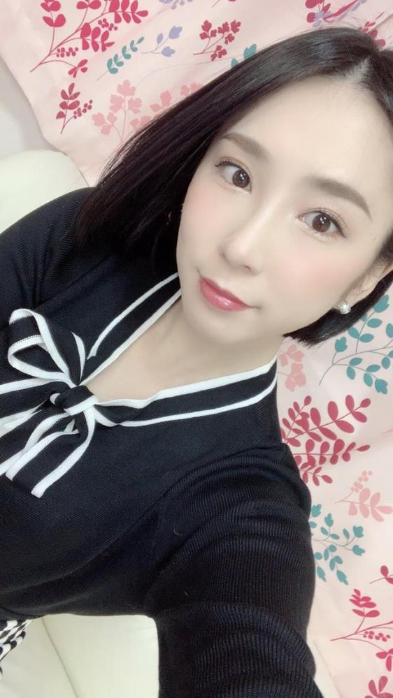 舞原聖(まいはらひじり)最上級な美顔の淫乱妻エロ画像31枚のa14枚目