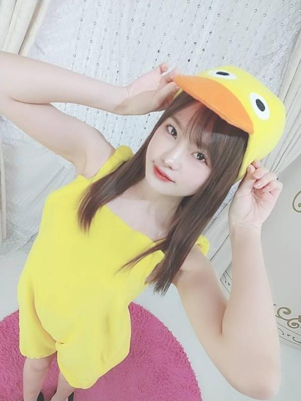 松本いちか 浮き出るアバラの微乳スレンダー美少女【画像】29枚のa22枚目