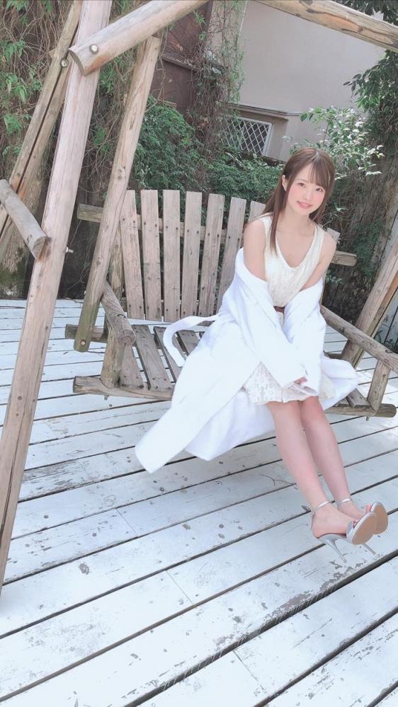 松本いちか 浮き出るアバラの微乳スレンダー美少女【画像】29枚のa26枚目