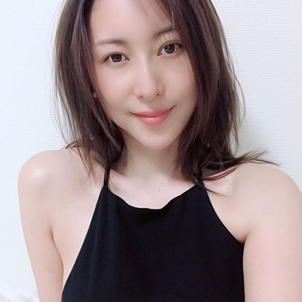 美人巨乳女医 松下紗栄子の淫らな過ち【画像】36枚のa15.jpg