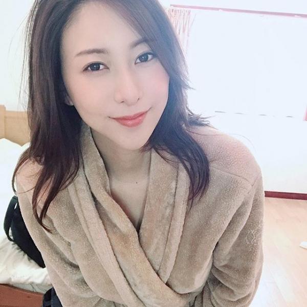 美人巨乳女医 松下紗栄子の淫らな過ち【画像】36枚のa17.jpg