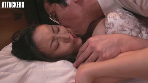 美人巨乳女医 松下紗栄子の淫らな過ち【画像】36枚のb06.jpg
