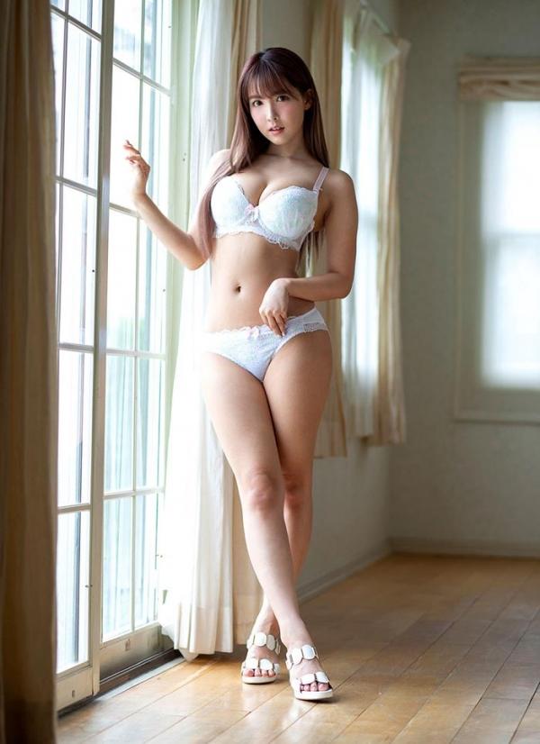 三上悠亜さん、スローピストンに悶絶してしまう【画像】55枚のb01枚目
