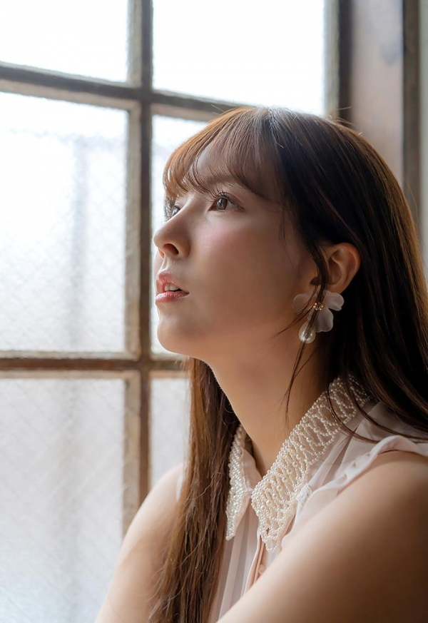 三上悠亜のエロ画像74枚 最新12タイトル480分ベスト版のコスパがヤバイ!のb04枚目