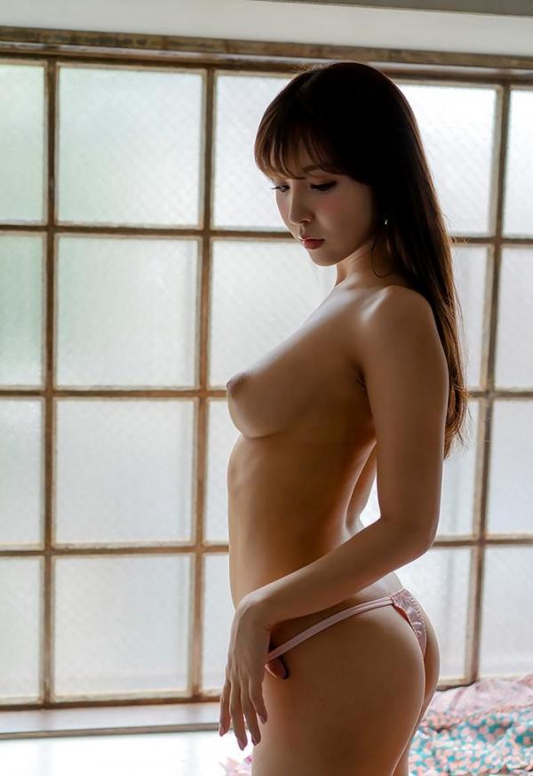 三上悠亜のエロ画像74枚 最新12タイトル480分ベスト版のコスパがヤバイ!のb23枚目