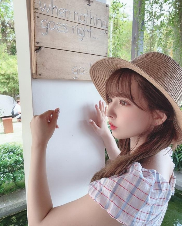 三上悠亜さん、気持ちよすぎてお漏らしアクメを晒してしまう。【画像】49枚のa03枚目