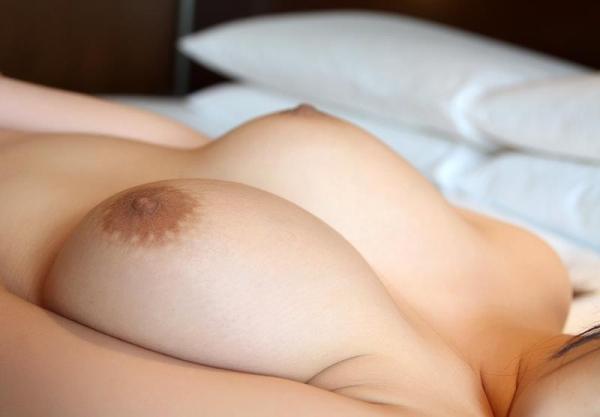 永瀬里美 Hカップ爆乳むっちり美女SEX画像90枚の57枚目