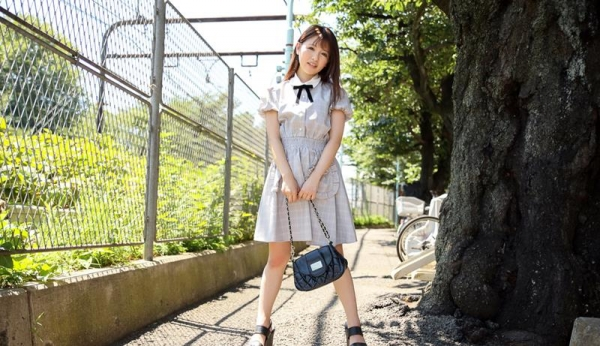 永瀬ゆい ロリボディの本物アイドルSEX画像92枚のb01枚目