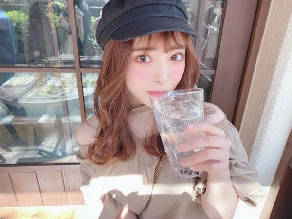 射精100発を顔で受けとめた小倉由菜さんのお姿がこちら 画像64枚のa01枚目