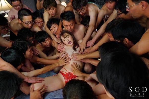 射精100発を顔で受けとめた小倉由菜さんのお姿がこちら 画像64枚のc15枚目