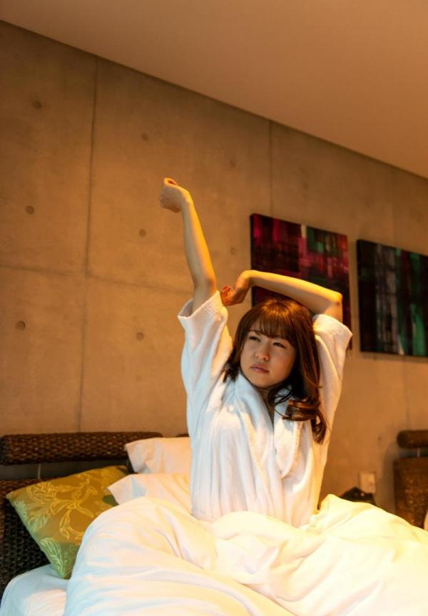 沖田里緒 ドMのスレンダー美脚美女SEX画像120枚のb110枚目