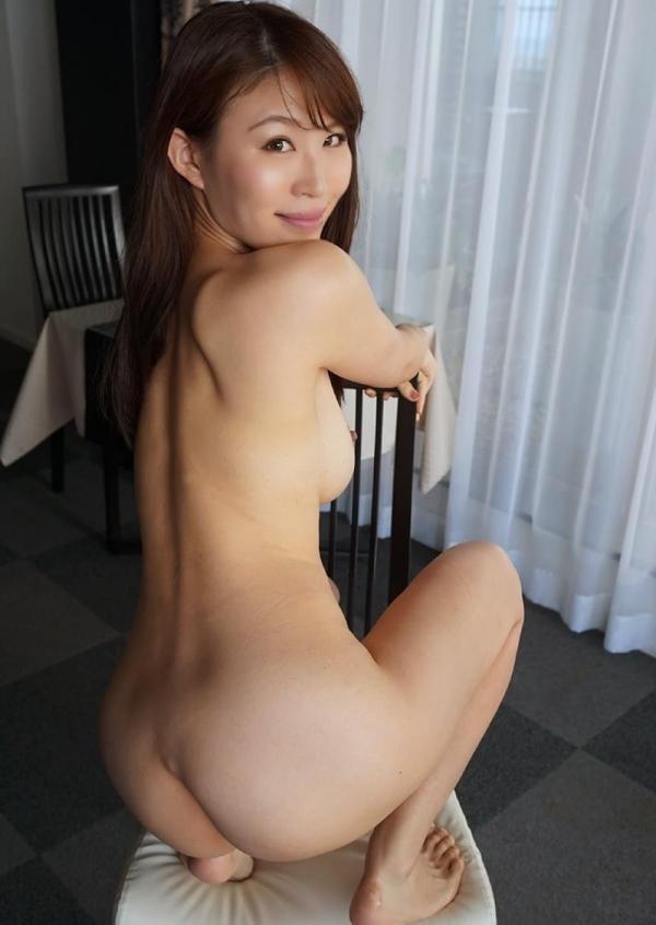全裸ヌード画像 スレンダー美女たちの素っ裸60枚の34枚目