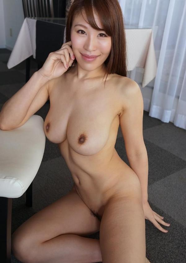 全裸ヌード画像 スレンダー美女たちの素っ裸60枚の36枚目