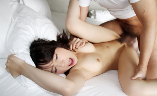 セックス画像 前から挿入してフィニッシュ直前90枚の40枚目