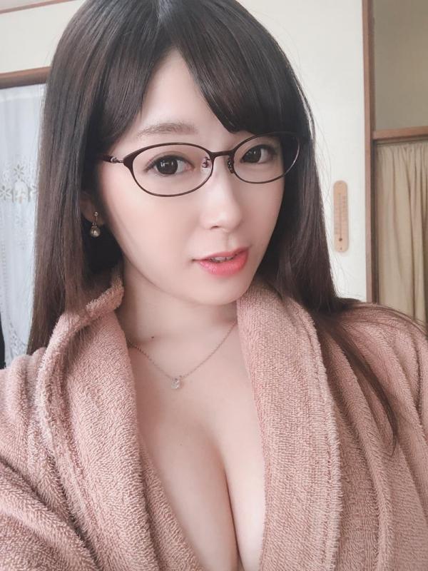 新川愛七(しんかわあいな)京都の人妻はんなり巨乳美人エロ画像34枚のa17枚目